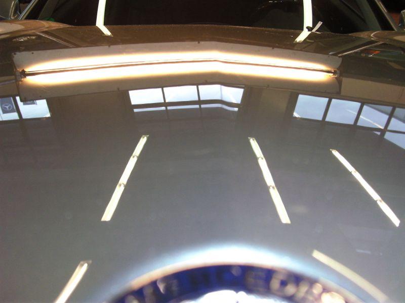 kleine Delle Mercedes SL Motorhaube NACHHER 1
